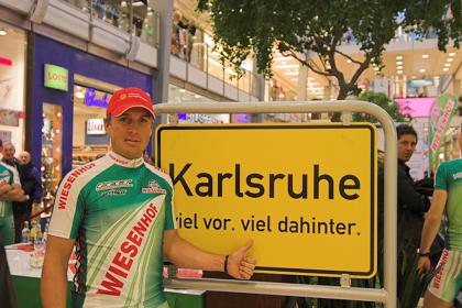 WIESENHOF-FELT präsentiert seinen Kader 2007