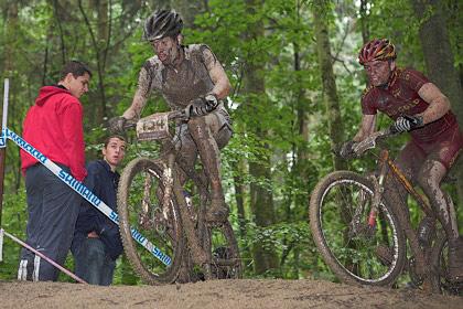 Schlammschlacht beim UCI Worldcup in Offenburg-Rammersweier