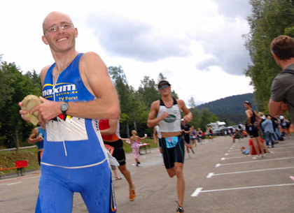 Triathlon Schluchsee: Redaktionsmitglied Falk Adam (Foto: Marco Müller)