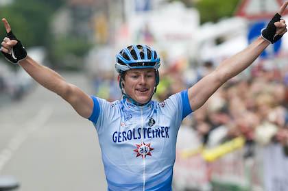 Siegerbild 2008: Ex-Gerolsteiner Mathias Frank wird 2009 mit seinem neuen BMC Racing Team (USA) am Start sein