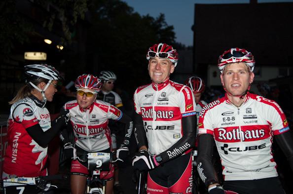 Team Rothaus-Cube mit dem Sieger über die Langstrecke Matthias Bettinger (rechts)