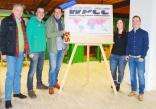 von links nach rechts: Walter Rottiers (WPCC-Präsident), Kai und Rik Sauser (Veranstalter Sauser Event GmbH). Lena Klatt und Markus Spettel (WPCC Gastgeber, Kur und Bäder GmbH Bad Dürrheim)