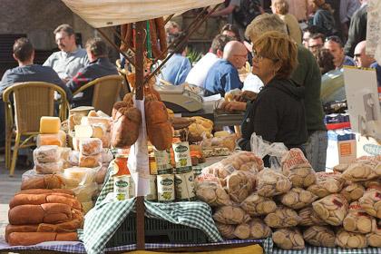 Der Markt in Sineu