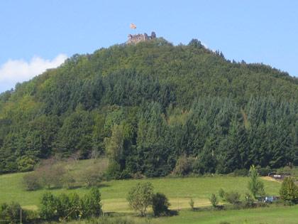 Burgruine Hohengeroldseck auf dem 525 m hohen Schönberg