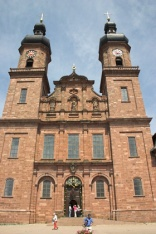 Zwillingstürme der Klosterkirche St. Peter