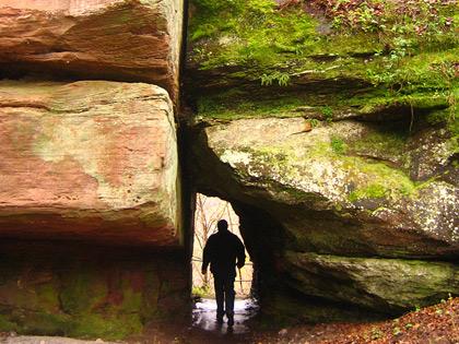 Felsen unter der Burgruine Diemerstein