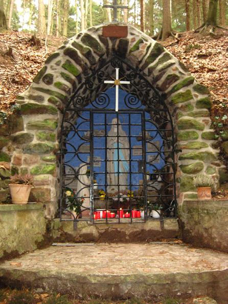 Lourdes-Grotte zu Niederwürzbach