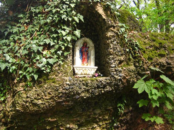 Kaltensteine: Einbuchtung mit Marienfigur