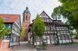Die Turmgasse in Kandel mit dem St.-Georgs-Turm