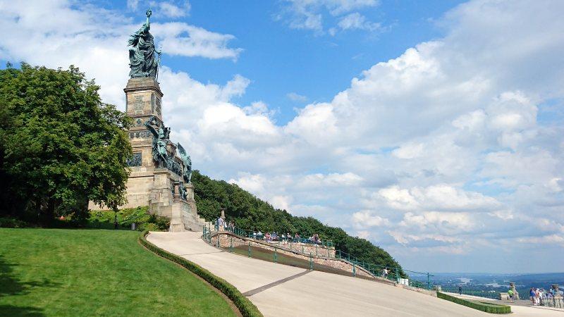 Niederwalddenkmal mit Germania